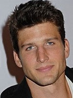 Parker Young- Seriesaddict